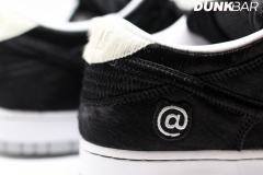 Nike_SB_Dunk_Low_bearbrick_05