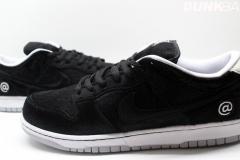 Nike_SB_Dunk_Low_bearbrick_07