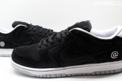 Nike_SB_Dunk_Low_bearbrick_07