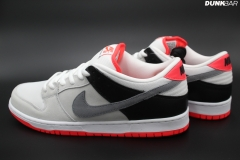 Nike_SB_Dunk_Low_Infrared_02